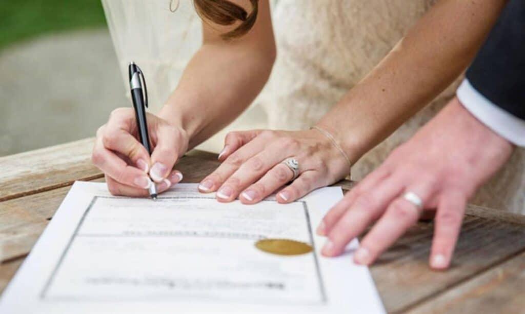Τι είναι το Σύμφωνο συμβίωσης